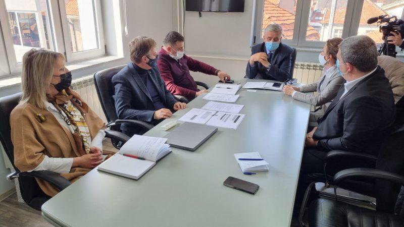 Lokalno rukovodstvao u razgovoru sa državnim sekretarom Senadom Mahmutovićem, foto: A.Rovčanin