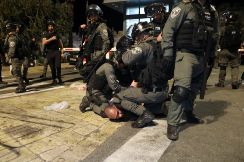 U akciji je učestvovalo nekoliko stotina izraelskih policajaca (AP)