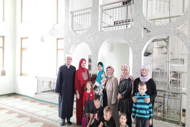 Slovenke Katarina i Angelina primile islam i POSTALE REJHANA I RAHMANA